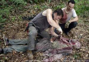 The-Walking-Dead-Season-2-Premiere-Autopsy-Scene