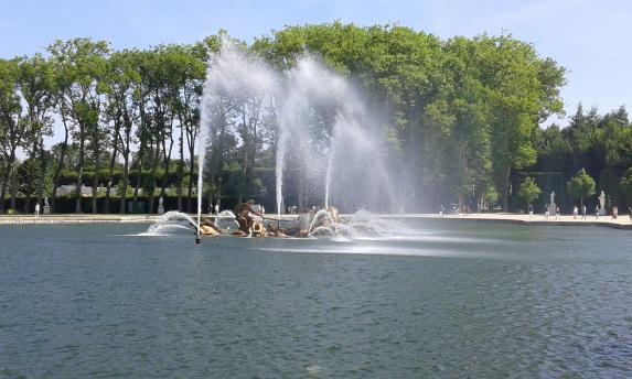 Fontaine d'apollon du jardin de Versailles