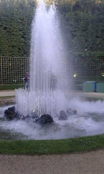 Fontaine dans un bosquet du jardin de Versailles